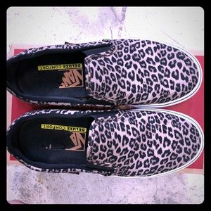 Vans Cheetah Asher DX Women's Slip-ons
